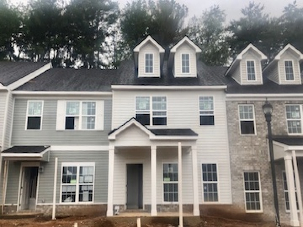 2612 Sonoma Way, 2 Bedrooms Bedrooms, ,2 BathroomsBathrooms,TownHomes,Available Now,Sonoma Way,1016